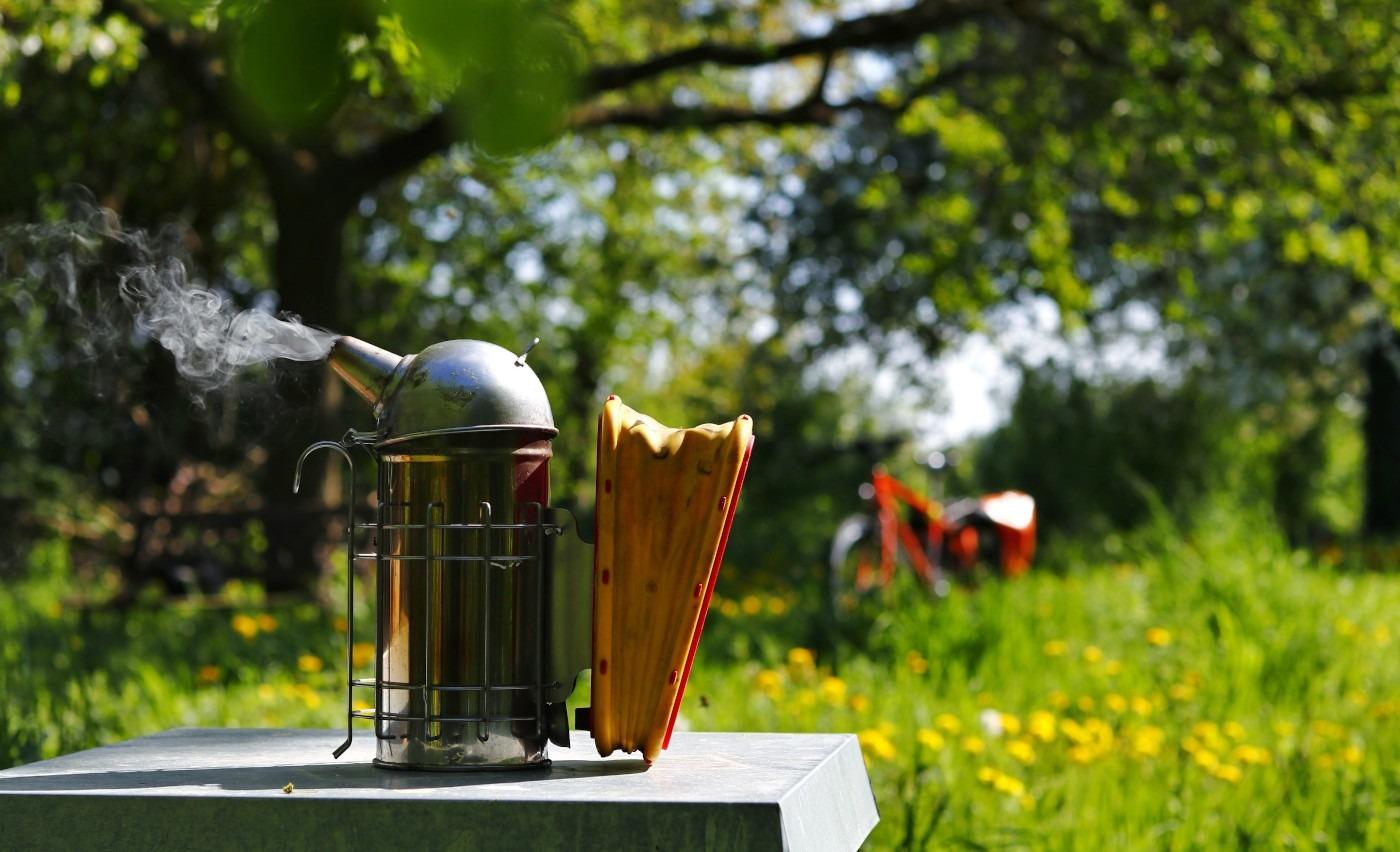 Artikelbild Honig geernet - Jetzt kann ich mich als Imker zur Ruhe setzen - Arbeiten als Imker